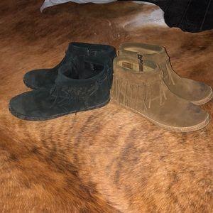 2-4-1! Ugg moccasins. Size 8 black & brown